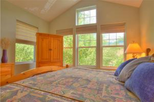 Custom Log Home with Panoramic Views for Sale in Silverthorne, Colorado